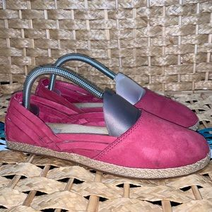UGG Australia tippie slip on